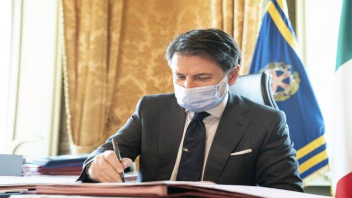 Conte firma DPCM 10.2020