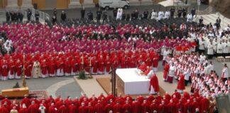 Cardinali Vaticano taglia
