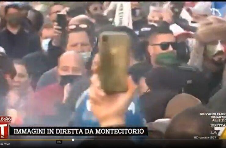Covid scontri Montecitorio